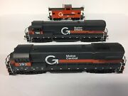 Ho Guilford Diesels U33 Boston And Maine 190 And U23 Maine Central 293 By Athearn