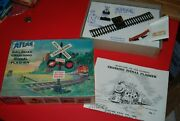 Vintage Atlas Ho Railroad Crossing Signal Flasher New In Box Untested