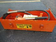 Central Hydraulics Portable Puller 4 Ton With Case