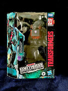 Transformers Wfc Earthrise Runabout Takara Generations Misb Target Exclusive