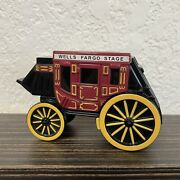 Vintage 1998 Wells Fargo And Co. Wagon Stagecoach Cast Iron Coin Bank Western Nice