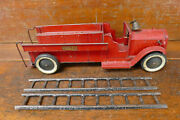 Vintage 1920s/1930s Structo Pressed Steel Ladder Fire Truck - Decals And Fire Bell