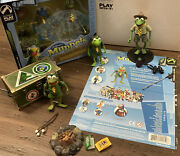 Palisades Muppets Frog Scout Robin, Scout Leader Kermit Both Variant Exclusives