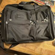 Tumi Alpha 2 Expandable Laptop Brief Computer Bag 26145dh Rarely Used Great Shap