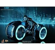 New Hot Toys Mms 142 Light-up Function Vehicle Tron Legacy Light Cycle And Sam Fly
