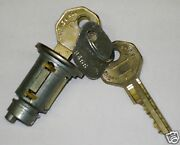 40s - 60s Gm Ignition Cylinder And Keys