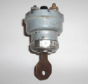 1950and039s American Motors Rambler Ignition Switch And Key Two Position Three Terminal