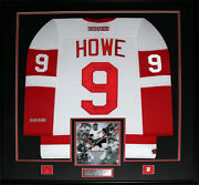 Gordie Howe Detroit Red Wings Signed White Jersey Nhl Hockey Collector Frame