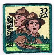 32 Cent Scout Stamp Usa Us Boy And Girl Scouting Begins Grn Brd Yel Bkg 701538