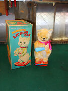 Mint 1950and039s Or 60and039s Battery Operated Drinking Licking Cat Toy Mib Japan Amazing