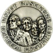 Mt. Rushmore Maco 63.5mm .999 Silver Medal Unc K3404
