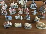 David Winter Cottages, 18 Cottages And1-collectors Guild Piece Free Shipping