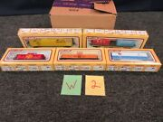 5 Life-like Ho Scale Tank Car Reffer Box Container Caboose Train 8442 8432 8517
