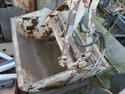3/4 Cy Clam Shell Bucket- Hydraulic- Gd Shape- Shipping Available