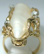 Ladies 14k Yellow Gold Freshwater Pearl Free Form Ring And Diamonds