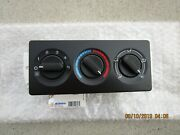 Gm Gmc Chevy 15763059 Acdelco 1572877 A/c Heater Climate Temperature Control New