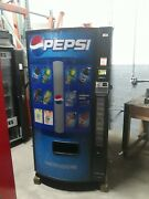 Dixie Narco 501-e Bottles/cans Soda Vending Machine Credit Card Capable Sale