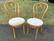 Pair Of Thonet Light Wood Cafe Chairs Bentwood Cane Parlor