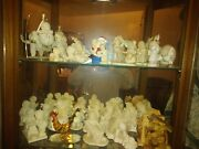 Glass Cario And 26 Department Snowbabies Figurines And Circle Of Friends