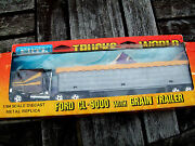 Ertl 1454 Trucks Of The World Ford Cl-9000 Truck And Grain Trailer Used Cond.