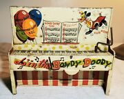 Vintage Doin' The Howdy Doody Wind-up Toy Piano Unique Art Mfg Co. Inc Bob Smith