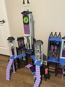 Monster High Doll House Deluxe High School Playset