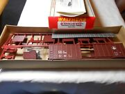 Ho Train Walthers 50' Waffle Side Box Car Kit Baltimore And Ohio Bando New In Box