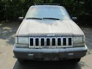 Front Axle Thru 1/4/96 U-joint Style Axle Fits 93-96 Grand Cherokee 1262015