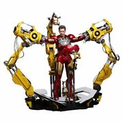 Hot Toys Iron Man 2 Suit-up Gantry With Iron Man Mark Iv Figure 1/6th Scale Set
