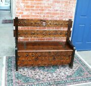 English Wooden Entryway Bench With Storage