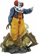 Diamond Select Toys Horror Movie Gallery It 1990 Classic Pennywise Pvc Figure