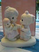 Precious Moments 111752 Everybodyand039s Grandmother 2002 Chapel Exclusive Rare