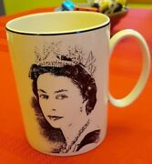Wedgwood Royal Silver Jubilee Queenand039s Ware Mug With Painting By Earl Of Snowden