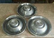 1963 63 Pontiac Bonneville Catalina 14 14 Inch Hubcaps Wheelcovers