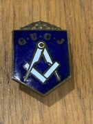 Vintage General Union Of Carpenters And Joiners Gucj Enamel Lapel Badge Rare