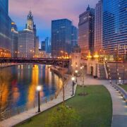 Chicago Twilight 125 Piece Small Wooden Jigsaw Puzzle | Zen Puzzles