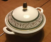 Minton Aragon Round 11 Covered Vegetable Serving Bowl With Lid
