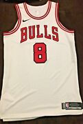 2017-18 Zach Lavine Game Used Worn Chicago Bulls Home Jersey W Mic Pouch Hot🔥