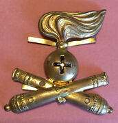 Early 20th C. Wwii, Italian Army Artillery, Brass Pith Helmet Insignia/badge