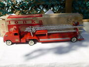A Vintage 1960and039s Tonka Toys Tin Plate Aerial Ladder Fire Engine Boxed