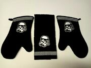 Star Wars Decorated Set Of Mitts And Kitchen/bbq Towel Hand Made In Canada
