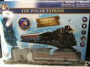 The Polar Express Battery Powered Lionel Train Engine 38 Piece Set Fast Ship
