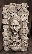 Morgue Sale Halloween Haunted Skull Wall Fountain With Pump Retired New Mint