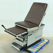 Midmark 404 404-006 Exam Table W/ Stirrups And Drawers