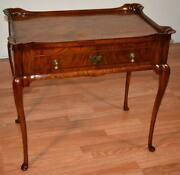 1900s Antique Queen Anne Burl Walnut Side Table / Sofa Table
