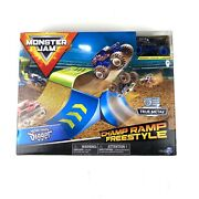 Monster Jam Son-uva Digger Champ Ramp Freestyle Playset Zombie Madness