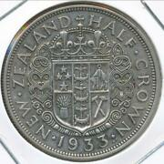 New Zealand 1933 1/2 Crown George V Silver - Very Fine