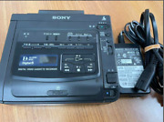 Sony Hi8 Gv-d200 8mm And High Eight Tape Playback Digital Video Cassette Recorder