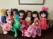Disney Itand039s A Small World Animatorand039s Collection Singing Doll Lot Of 7 And Plush