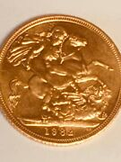 1982 Great Britain Gold Sovereign Elizabeth Ii Coin - Nice Circulated